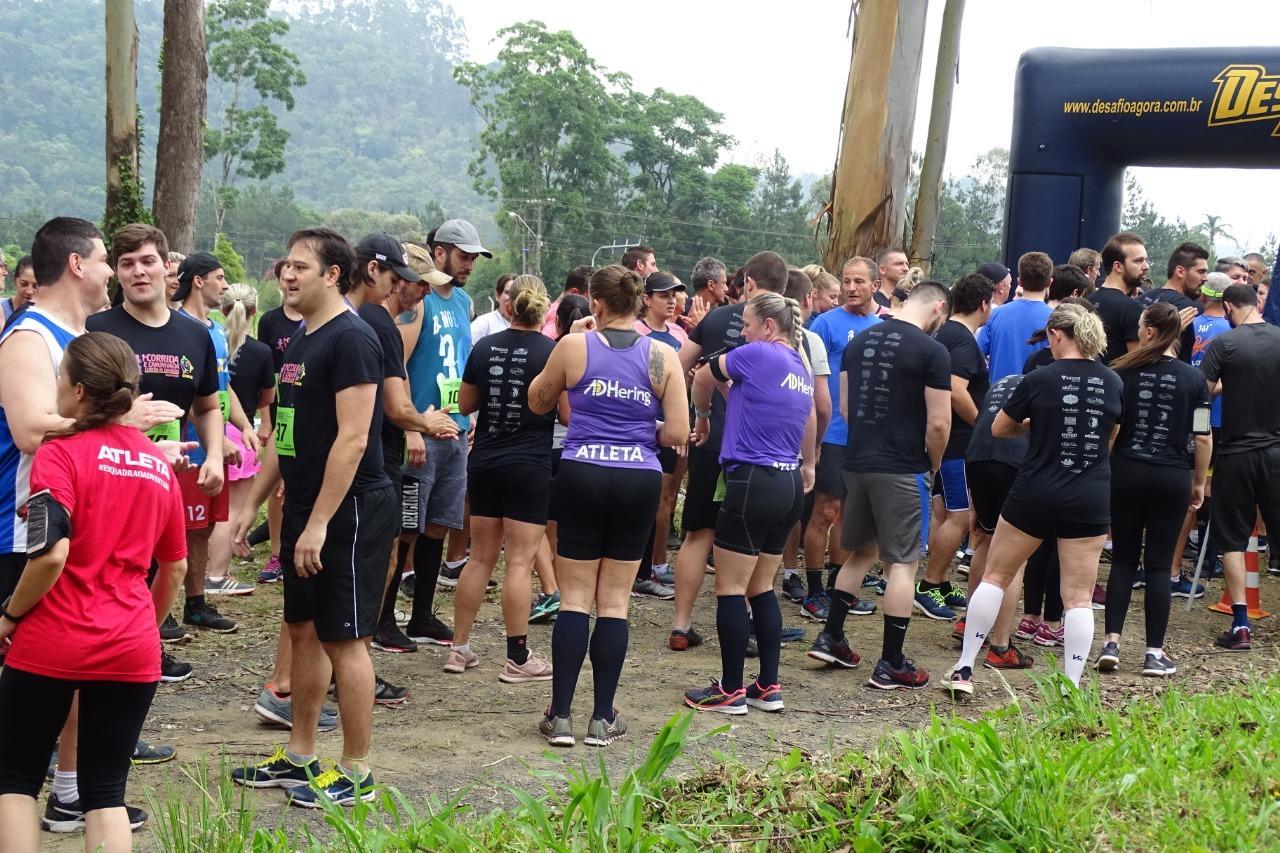 Mais de 500 pessoas participam da 1ª Corrida e Caminhada contra as drogas em Ituporanga