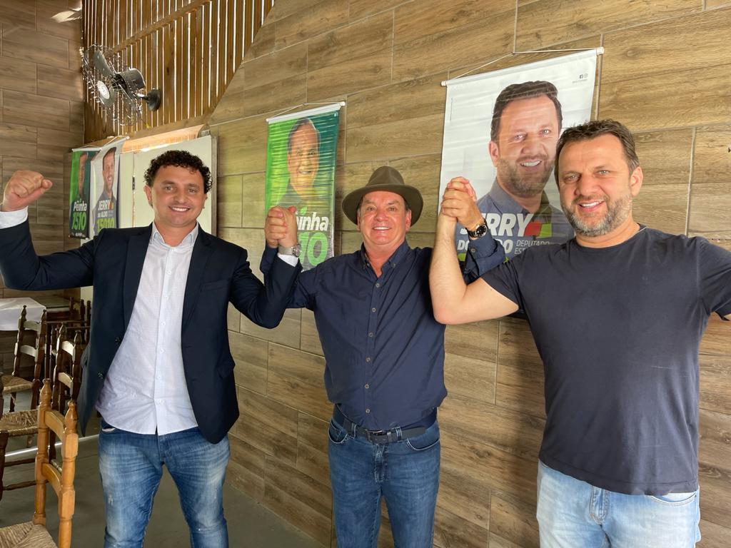 MDB do Alto Vale define Rafael Pezenti e Jerry Comper como pré candidatos para deputado federal e estadual