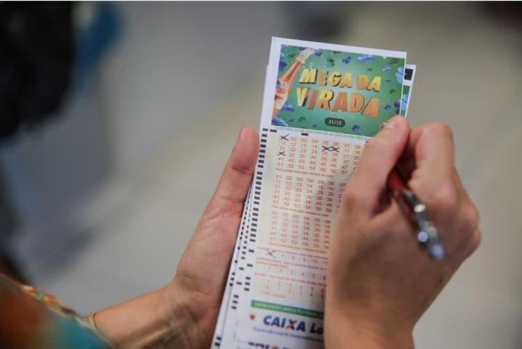 Mega da Virada 2020 tem maior estimativa inicial de prêmio da história; veja como apostar