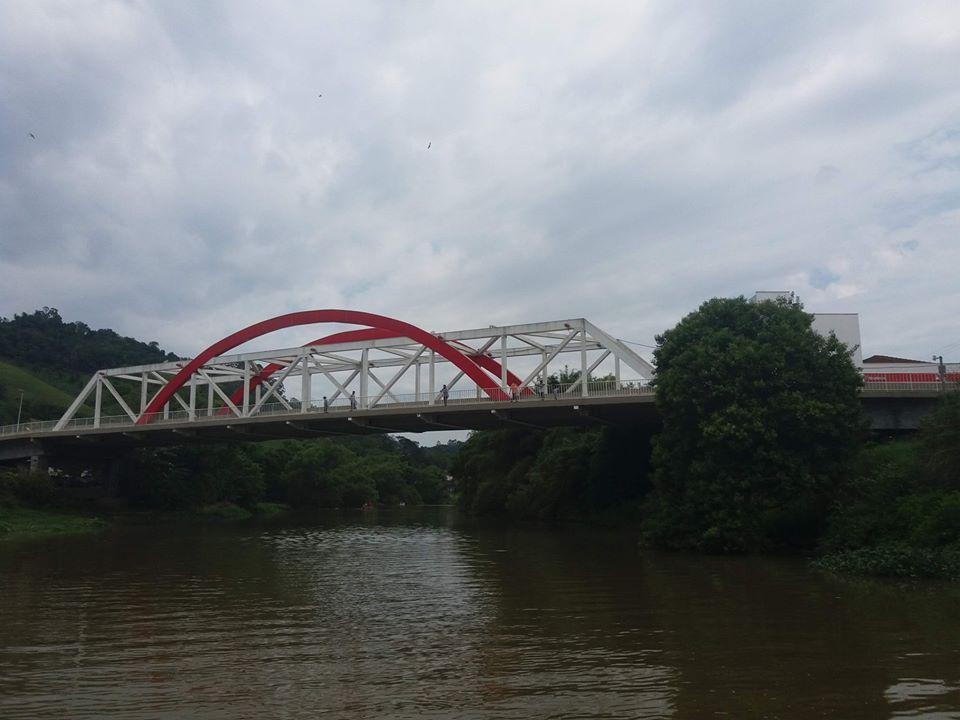 Menos lixo no rio em Ituporanga: Mutirão de limpeza foi realizado com a participação de várias entidades
