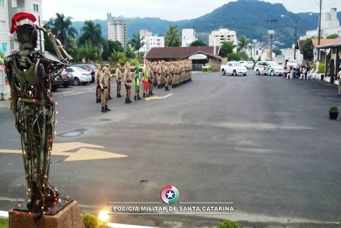 13º Batalhão de Polícia Militar realiza solenidade de promoção, em Rio do Sul
