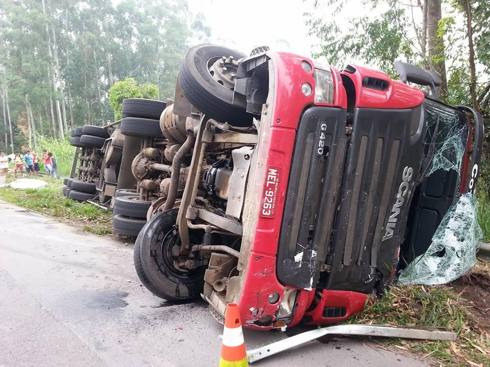 Acidente é registrado na manhã desta quinta-feira, 21, na BR-470, em Ibirama