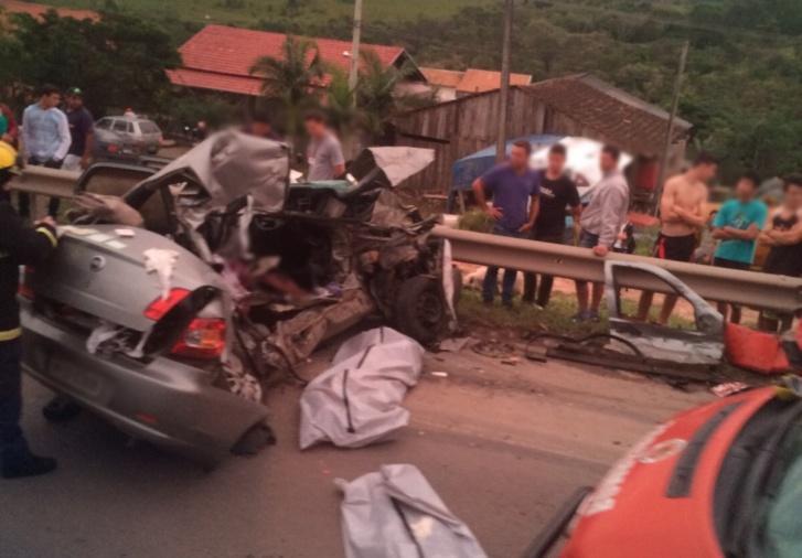 Acidente mata quatro pessoas na BR-470 em Pouso Redondo