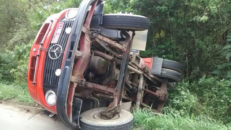 Acidente na BR-470 em Rio do Sul envolve quatro veículos