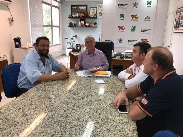 Alto Vale do Itajaí recebe kit para perfuração de poços