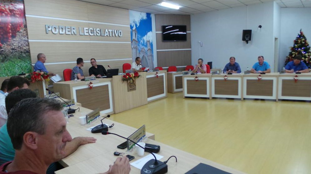 Câmara de Vereadores aprova projeto que impõe regras mais rígidas ao comércio ambulante em Ituporanga