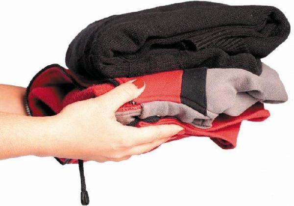 Campanha do Agasalho arrecada quatro mil peças de roupas em Imbuia