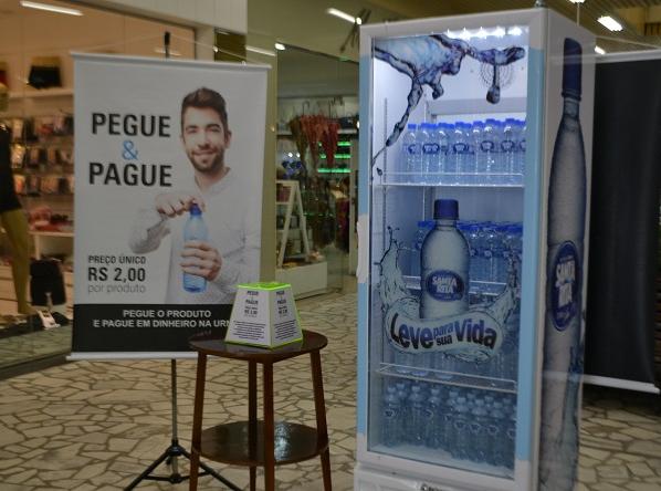 Campanha Pegue e Pague testa honestidade das pessoas no Alto Vale