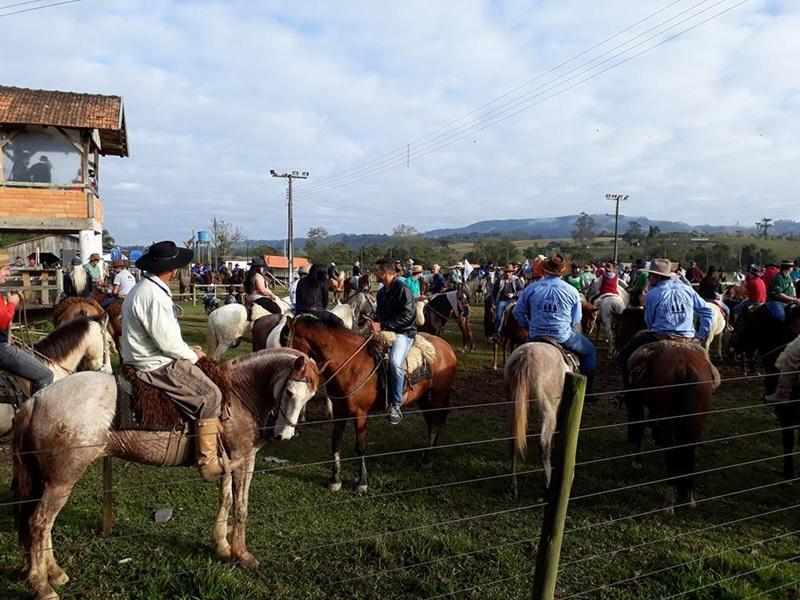 Cavalgada Solidária em prol da Renal Vida arrecada mais de R$ 18 mil