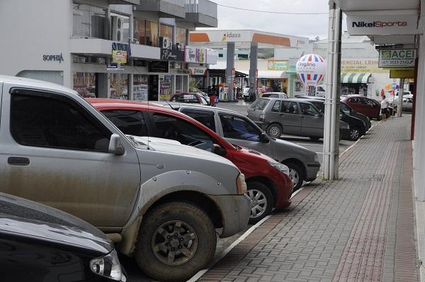 CDL discute alternativas para Área Azul em Ituporanga