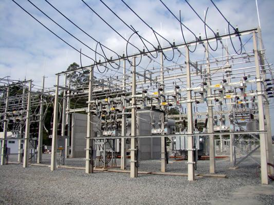 Celesc promove ações para amenizar problemas com falta de energia na região durante o verão