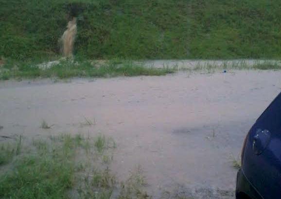 Chuva causa estragos em várias localidades de Petrolândia