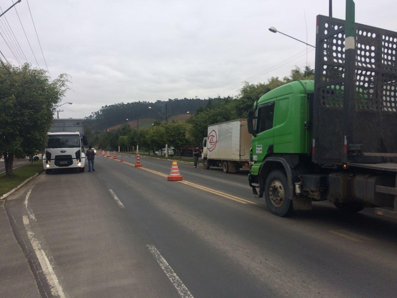 CIDASC realiza fiscalização e flagra irregularidades no transporte de produtos de origem animal na Região da Cebola