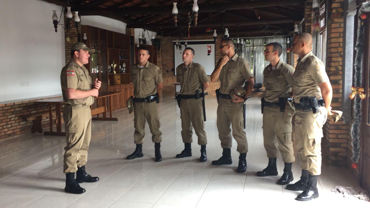 Cinco policiais reforçam efetivo da PM na Região da Cebola