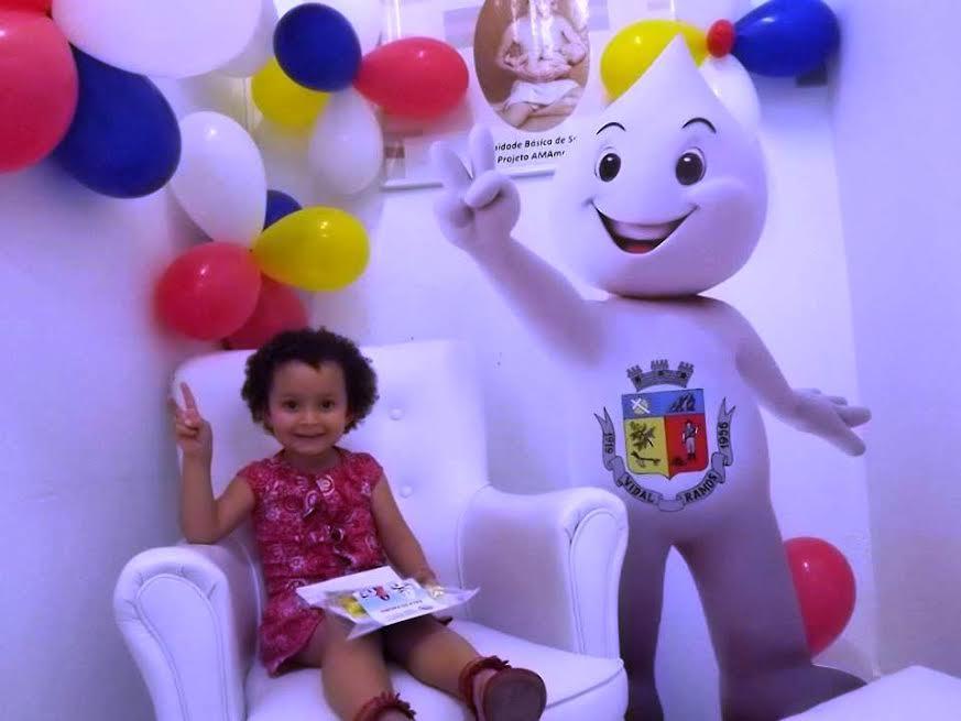 Crianças vacinadas contra pólio recebem kit escolar em Vidal Ramos