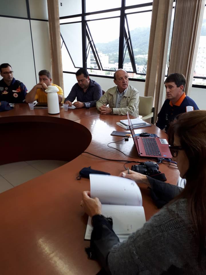 Defesa Civil de Ituporanga em alerta: Volumes altos de chuva causam alagamentos na cidade