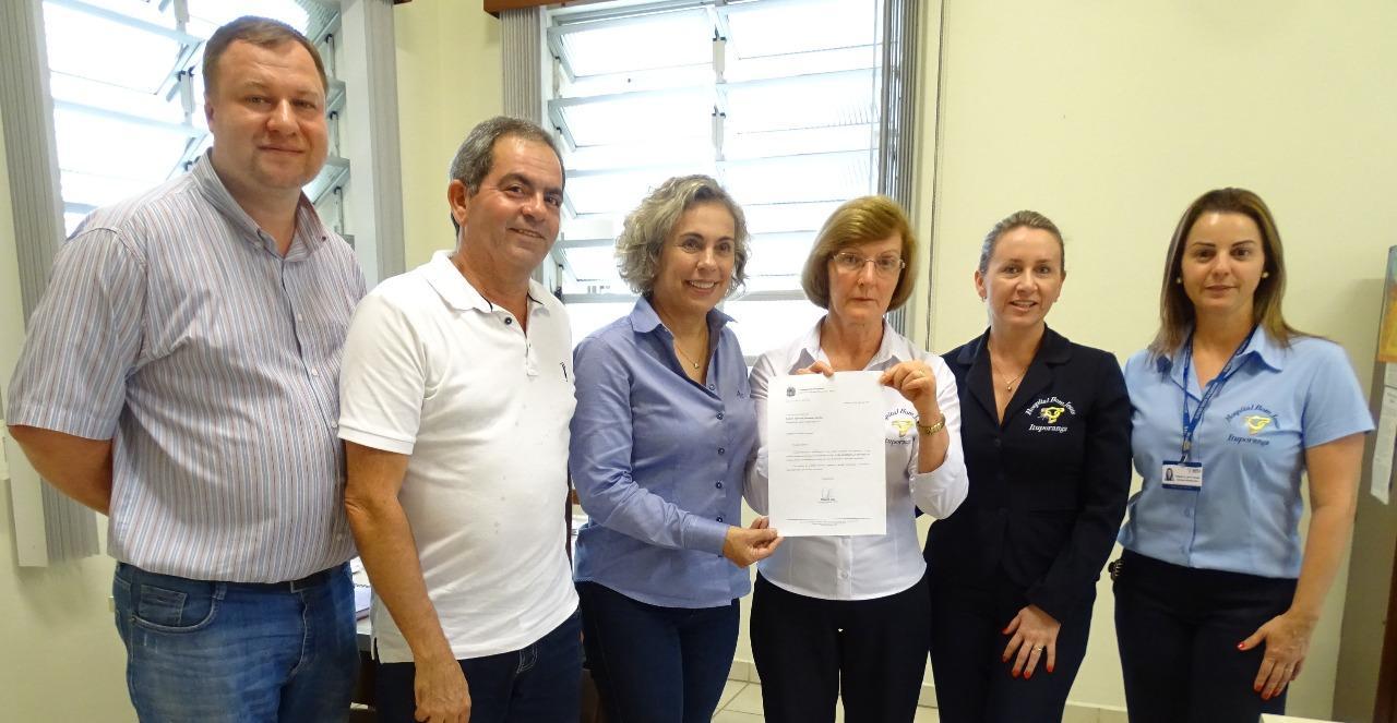 Deputada assinala liberação de R$ 100 mil para o Hospital Bom Jesus