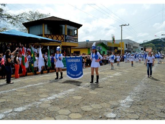 Desfile Cívico de Vidal Ramos contará com participação do bispo