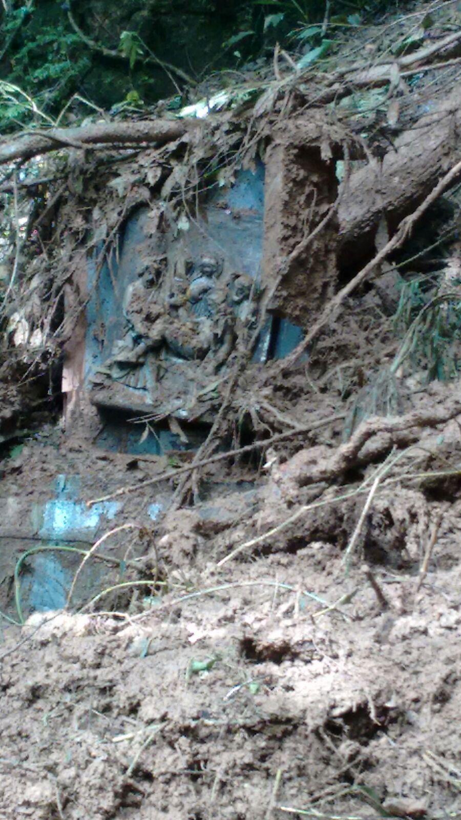Deslizamento de terra interdita Gruta Nossa Senhora de Lourdes em Ituporanga