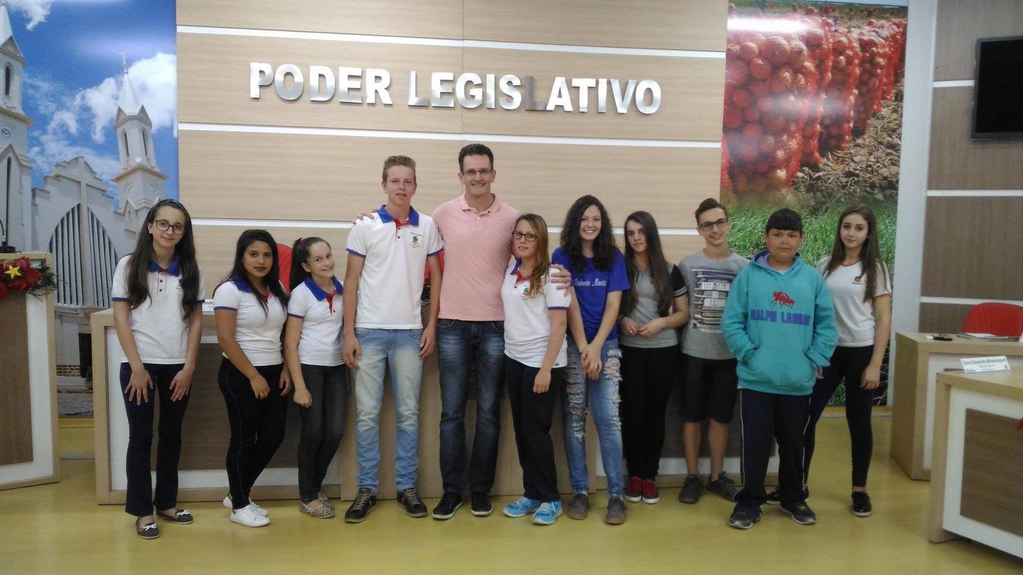 Eleitos os Vereadores Mirins para a gestão 2017 em Ituporanga