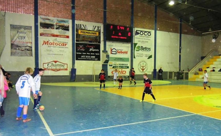 Festival Esportivo do COMAD conhece os primeiros vencedores no Futsal