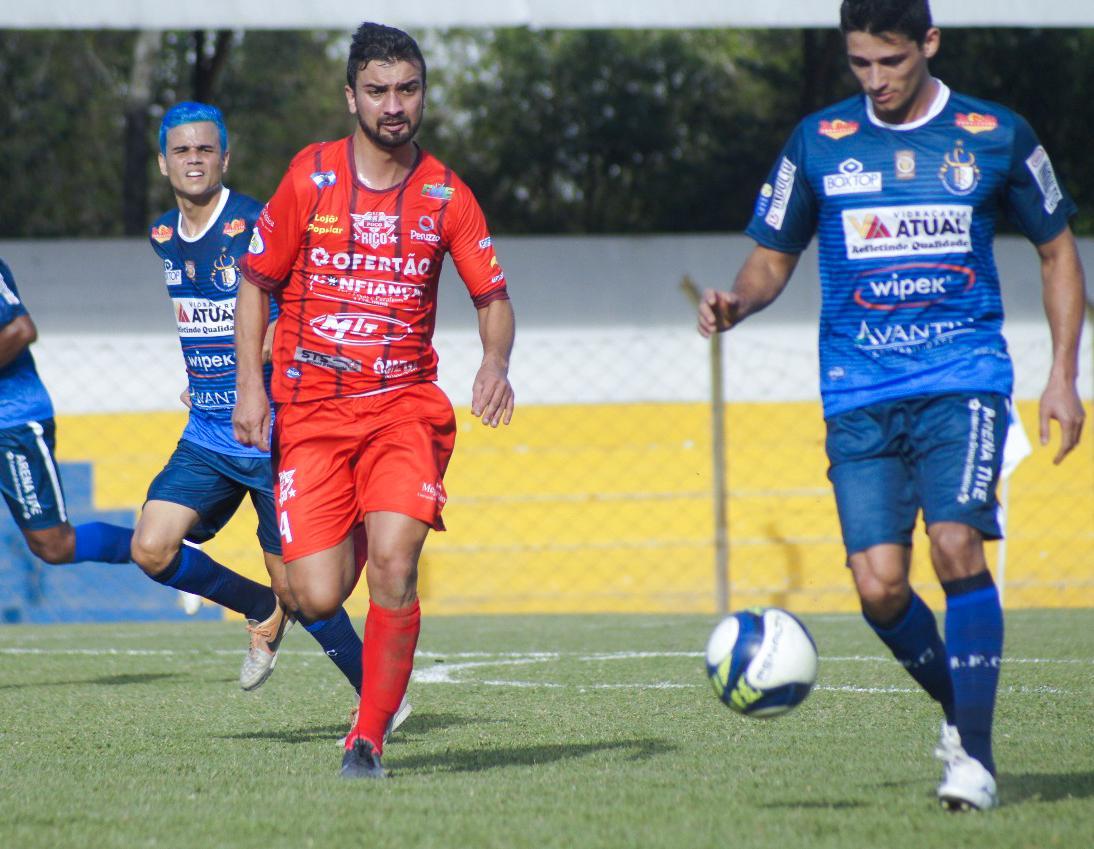 Futebol: Lontras e Chapadão do Lageado voltam a disputar a Liga Riosulense