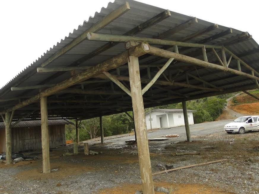 Galpões vão melhorar infraestrutura do parque da Doce Festa em Vidal Ramos