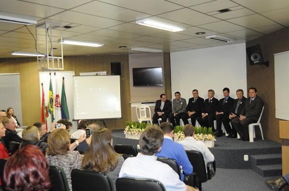 Hospital Regional Alto Vale comemora 21 anos
