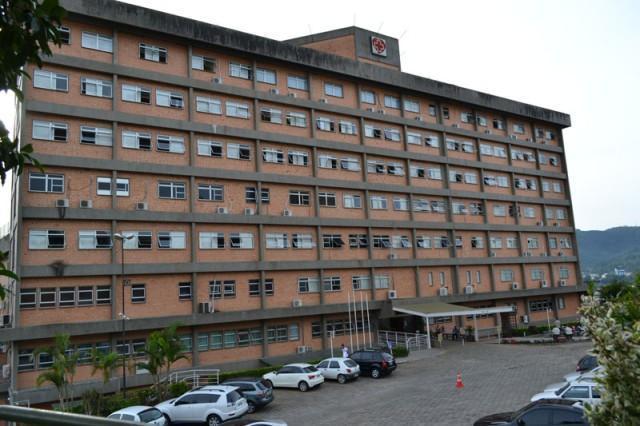 Hospital Regional Alto Vale completa 23 anos