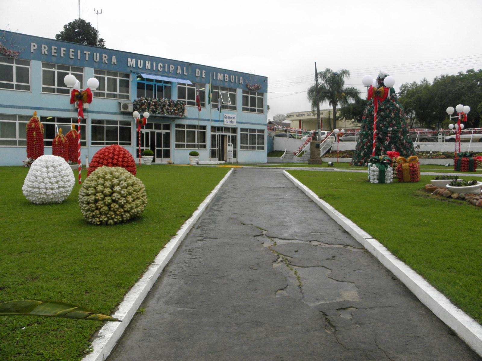 Imbuia define data para inauguração da decoração natalina