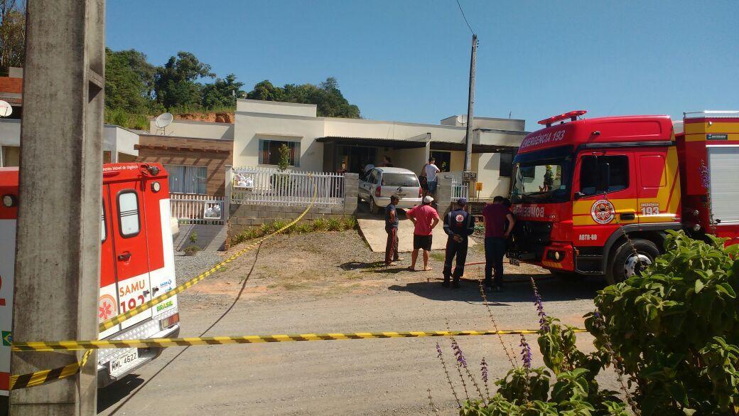 Incêndio deixa residência parcialmente destruída em Ituporanga