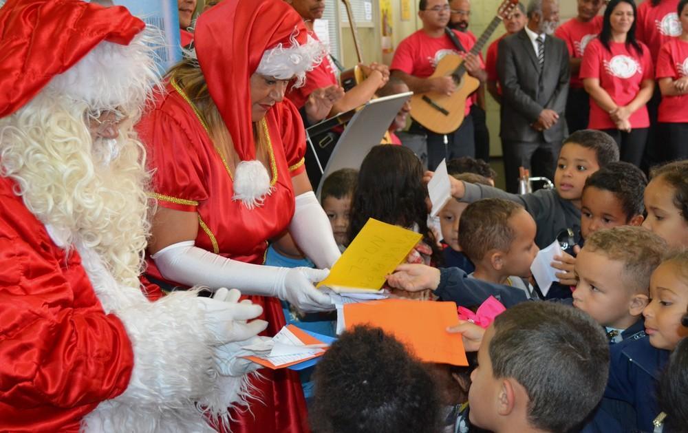 Inicia campanha Papai Noel nos Correios em Ituporanga