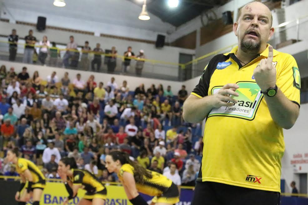 Jogando fora de casa Rio do Sul prega seriedade na Superliga