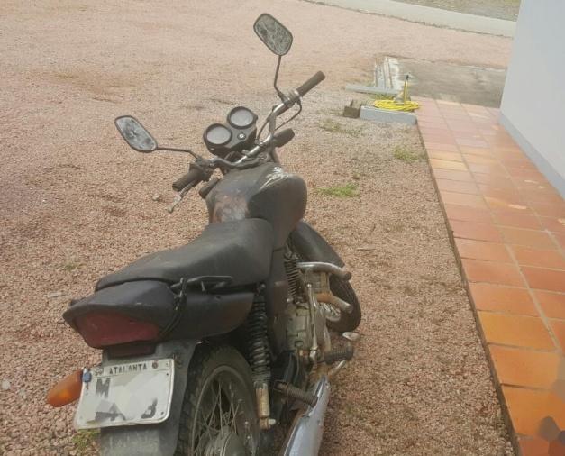 Jovem tenta furtar motocicleta de Delegacia e acaba preso em Atalanta