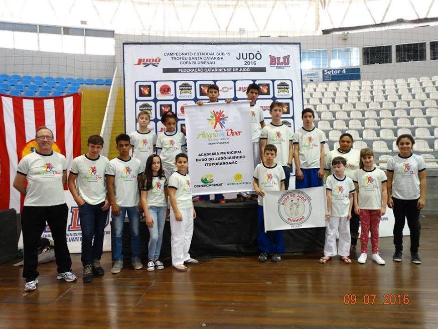 Judô de Ituporanga conquista medalhas de ouro em Etapa Estadual
