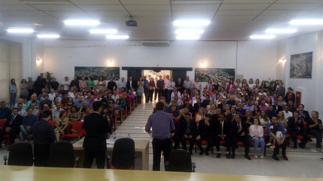 Justiça Eleitoral da Comarca de Ituporanga diploma eleitos nas eleições de outubro