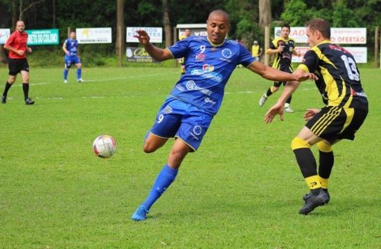 Liga: Cruzeiro e Rio do Sul garantem vantagem na LRF