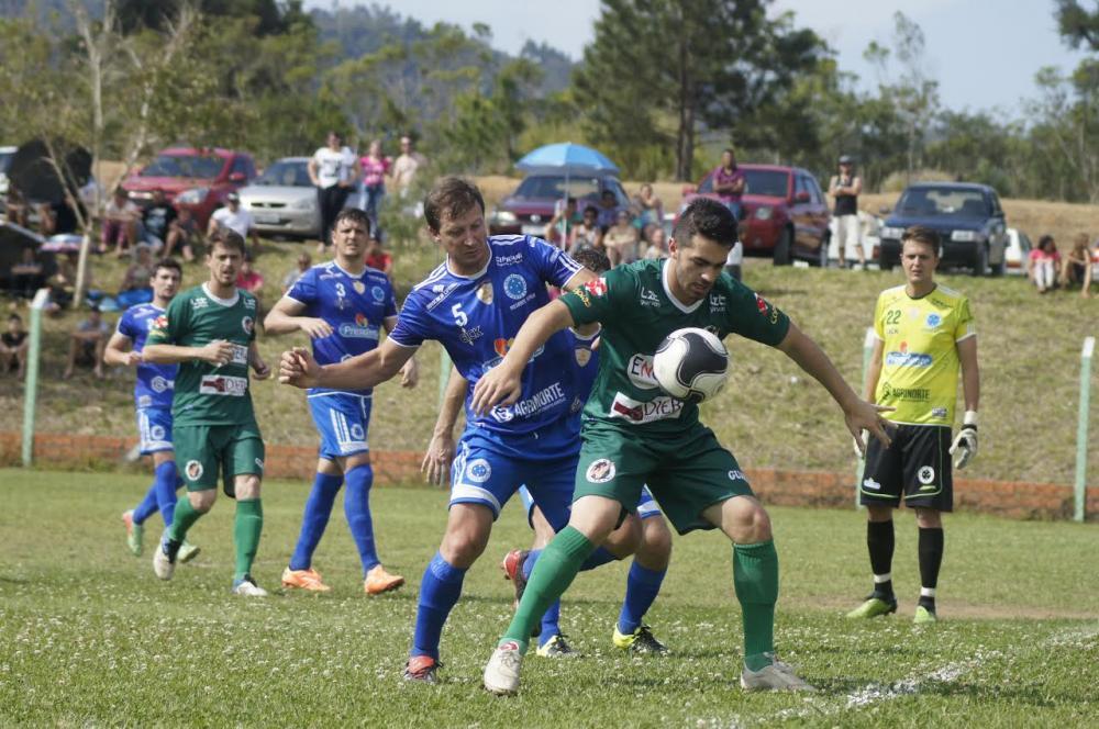 Liga Riosulense: Goleada fora de casa garante vantagem no jogo de ida
