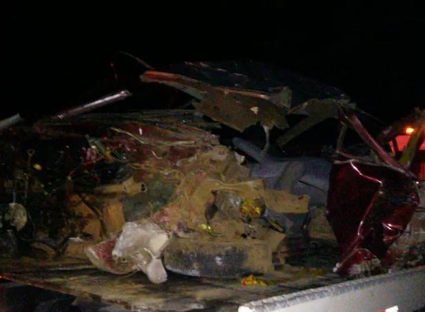 Motorista morre após bater carro em caminhão em Agronômica