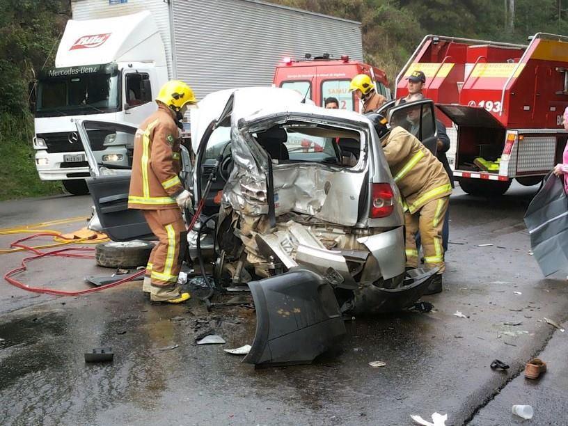 Mulher de 60 anos morre em acidente na BR-470 em Ibirama