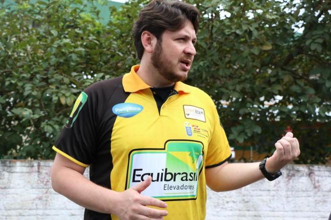 Paranaense Fernando Bonatto é o novo técnico do vôlei de Rio do Sul