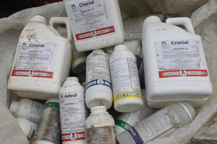 Pelo menos 35 mil embalagens de agrotóxicos são recolhidas em Chapadão do Lageado