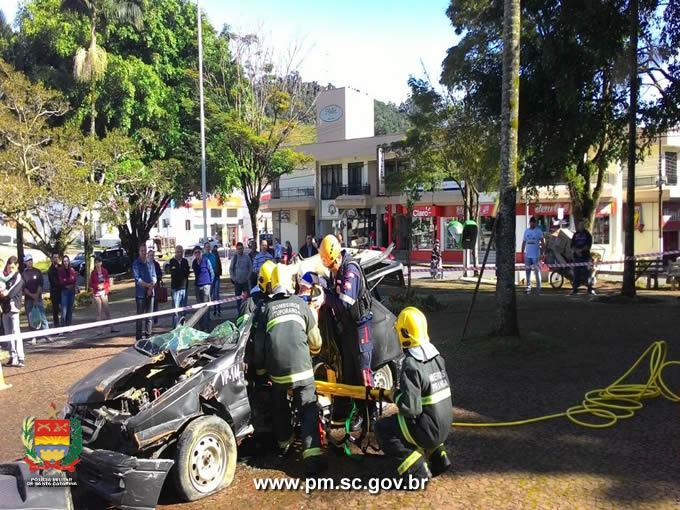 Polícia Militar de Ituporanga participa do movimento Maio Amarelo
