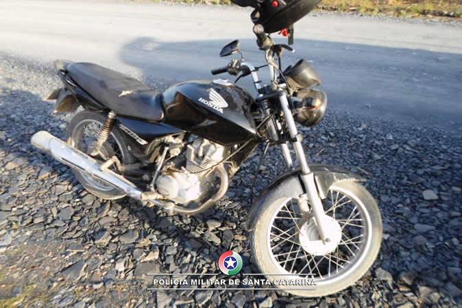 Polícia Militar recupera motocicleta com registro de roubo em Ituporanga