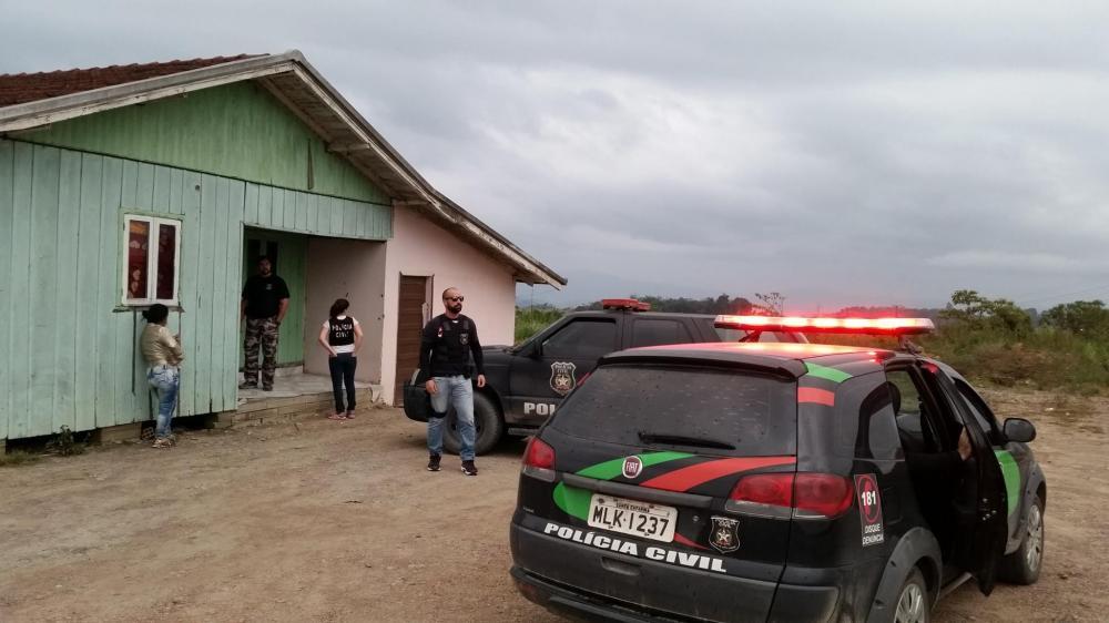 Polícia volta a fechar bares na Região