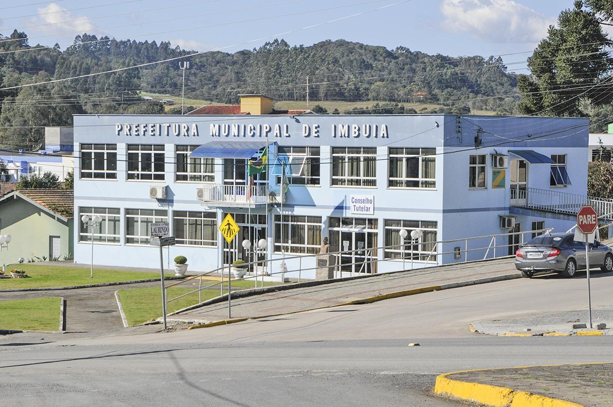 Prefeitura de Imbuia adota turno único