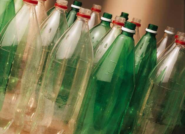 Prefeitura de Petrolândia inicia coleta de garrafas pet para confeccionar decoração natalina
