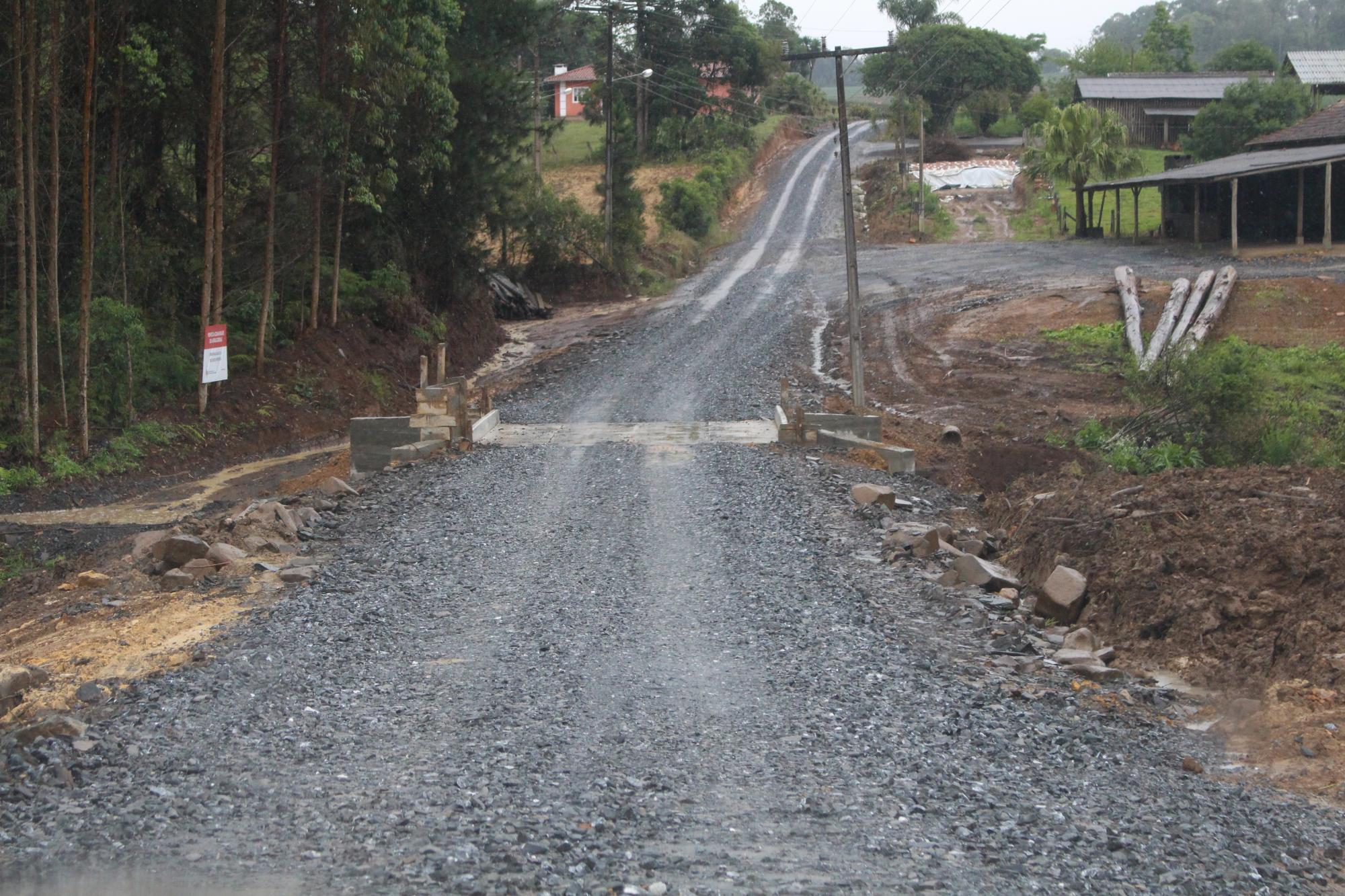 Prefeitura de Vidal Ramos inaugura ponte e academia ao ar livre na comunidade de Antas Gordas