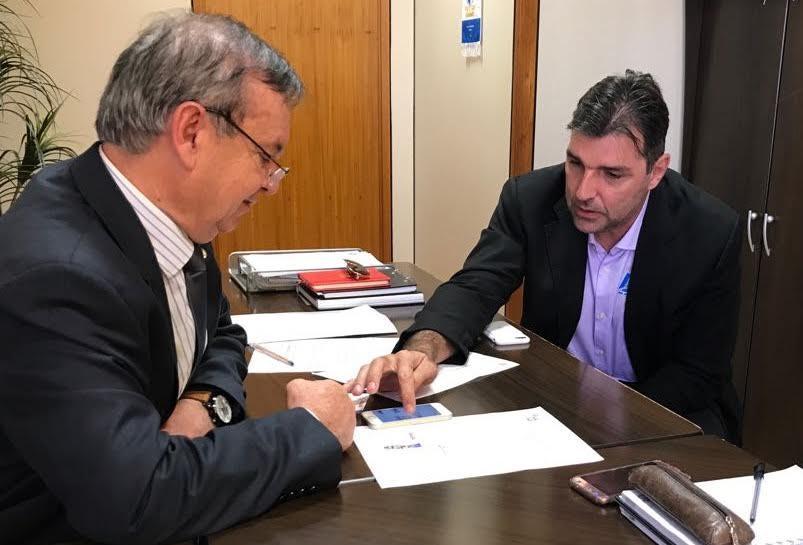 Presidente da Anace e deputado Peninha defendem em Brasília a inclusão da cebola na lista LETEC