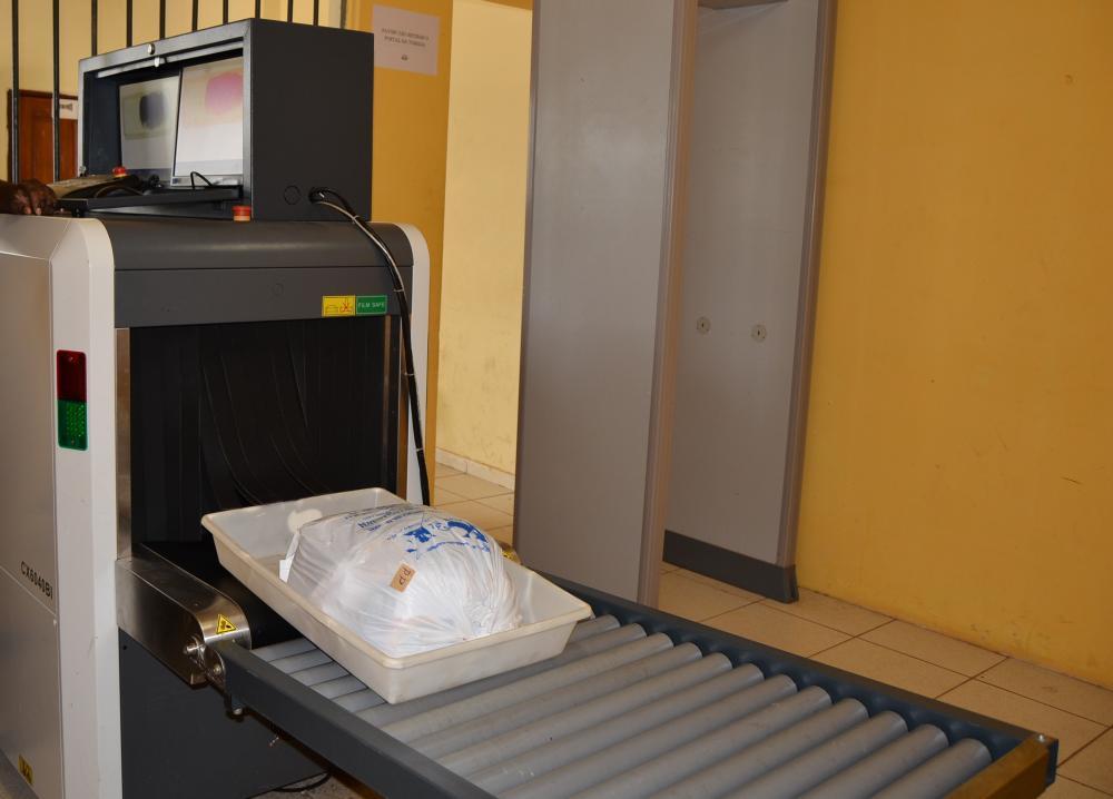 Presídio de Rio do Sul recebe esteira de raio-x